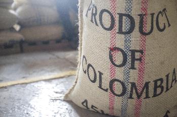 コロンビアの豆と袋