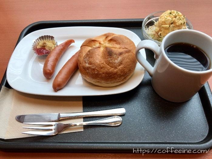 ベローチェのモーニングセットC(カイザートーストセット)