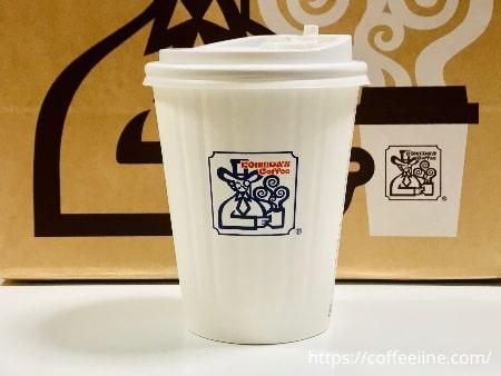 コメダ珈琲店のテイクアウト用のカップ